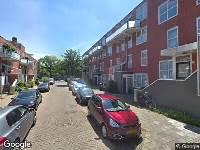 Politie naar Schoolmeesterstraat in Amsterdam