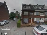 Ambulance naar Burgemeester van Slijpelaan in Rotterdam