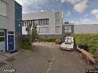 Ambulance naar Duivendrechtsekade in Amsterdam