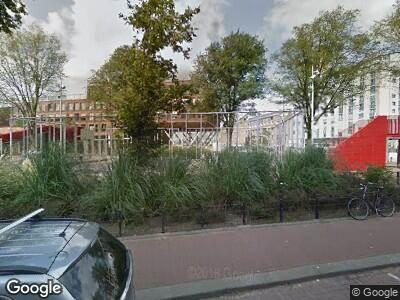 Ambulance naar Barentszplein in Amsterdam