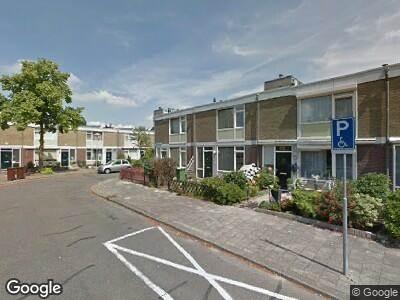 Brandweer naar Anna van Saksendreef in Utrecht vanwege voertuigbrand