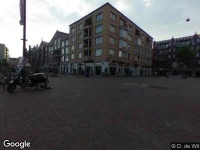 Ambulance naar Oranje-Vrijstaatkade in Amsterdam