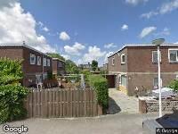 Ambulance naar Lekkerkerkstraat in Pernis Rotterdam