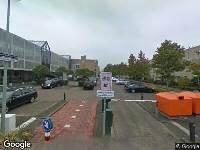 Ambulance naar Jean Monnetring in Vlaardingen