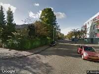 Ambulance naar Schakelweg in Hoogvliet Rotterdam