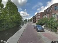 Politie naar Walvisstraat in Gouda vanwege voertuigen te water