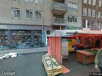 Ambulance naar Albert Cuypstraat in Amsterdam