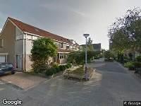 Ambulance naar Anna Bijnsstraat in Castricum