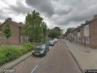 Ambulance naar Aart van der Leeuwstraat in Amsterdam