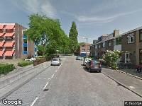 Ambulance naar G.A.Soetemanweg in Pernis Rotterdam