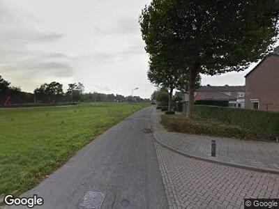 Brandweer naar Pastoor Adamsstraat in Roermond vanwege verkeersongeval