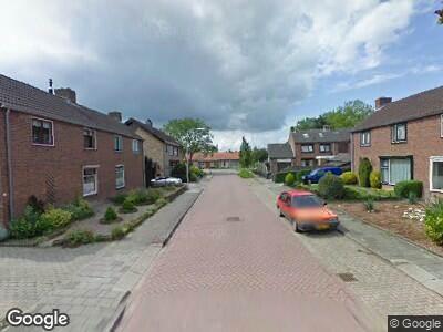 Brandweer en politie naar Ingen Nulandtstraat in Valburg