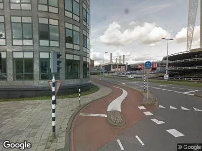 Ambulance naar Hoofdweg in Rotterdam