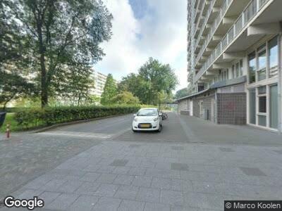 Politie naar Haag en Veld in Amsterdam