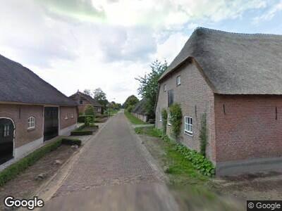 Ambulance naar Zandeind in Riel