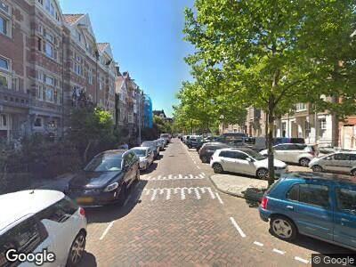 Ambulance naar Johannes Vermeerstraat in Amsterdam
