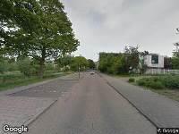 Ambulance naar Burgemeester Honnerlage Gretelaan in Schiedam