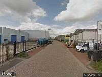 Brandweer naar Nijverheidsstraat in Hardinxveld-Giessendam vanwege waarnemen gaslucht