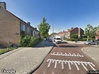 Ambulance naar Burgemeester Van Leeuwenlaan in Amsterdam