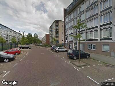 Ambulance naar Lederambachtstraat in Amsterdam