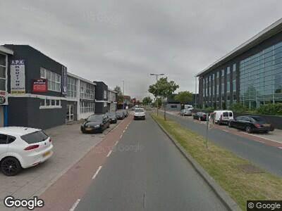 Brandweer naar Industrieweg in Rotterdam vanwege brand