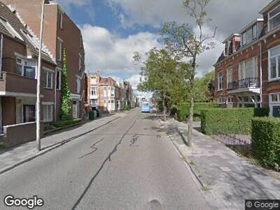 Brandweer naar Wijbrand de Geeststraat in Leeuwarden vanwege brand