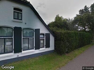 Politie naar Bunschoterstraat in Hoogland