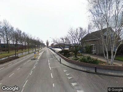 Ambulance naar Dijkgraaf Grootweg in Andijk vanwege ongeval met letsel