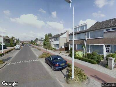 Ambulance naar Michiel de Ruijterstraat in Best