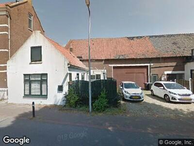 Ambulance naar Dorpsstraat in Hekelingen