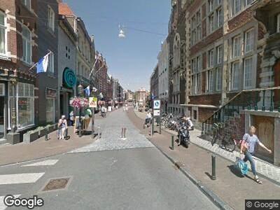 Brandweer en politie naar Neerstraat in Roermond vanwege waarnemen gaslucht