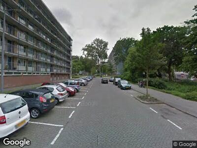 Ambulance naar Rodaristraat in Rotterdam