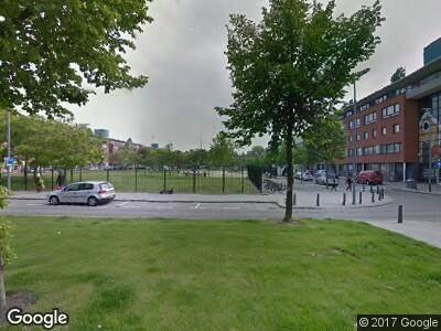 Ambulance naar Schermlaan in Rotterdam