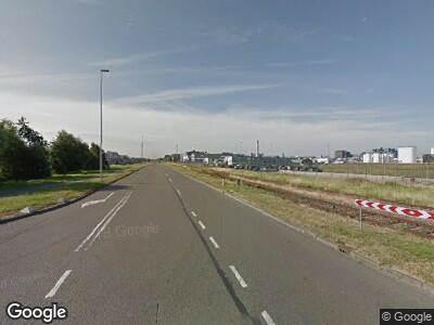 Politie naar Oude Maasweg in Botlek Rotterdam vanwege verkeersongeval