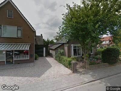 Ambulance naar Dorpsstraat in Meteren