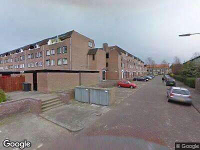 Ambulance naar Meindert Hobbemastraat in Dordrecht
