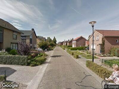 Ambulance naar Bergkampweg in Overloon