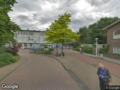 Ambulance naar Oosterspoorplein in Amsterdam