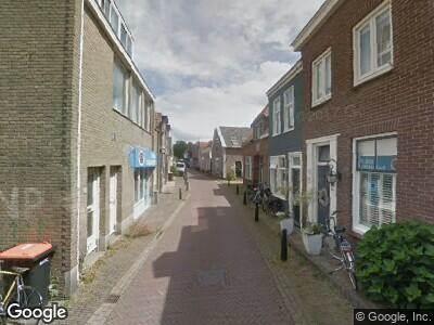 Brandweer naar Warmoesstraat in Den Burg vanwege brand