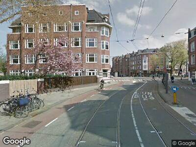 Ambulance naar Koninginneweg in Amsterdam
