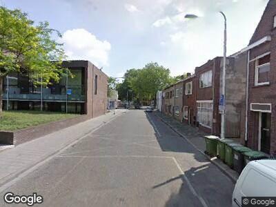 Ambulance naar Primus van Gilsstraat in Tilburg