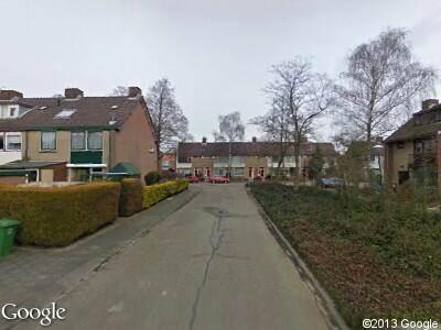 Politie naar Esdoornlaan in Woerden vanwege aanrijding met letsel