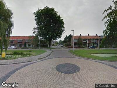 Ambulance met gepaste spoed naar Wilgenlaan in Alphen aan den Rijn