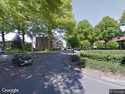 Ambulance met gepaste spoed naar Postelse Hoeflaan in Tilburg