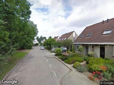 Brandweer met grote spoed naar Merel in Oud-Beijerland vanwege brand