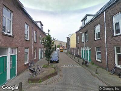 Ambulance met gepaste spoed naar Sint Maartenstraat in 's-Hertogenbosch