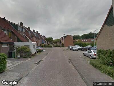 Ambulance met grote spoed naar Hoekerkade in Zoetermeer