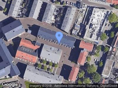 Ambulance met grote spoed naar Erasplaats in Tilburg