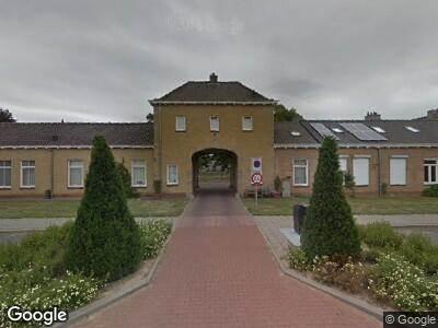 Ambulance met grote spoed naar Brachtertuinen in Maasbracht