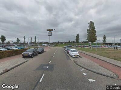 Ambulance met gepaste spoed naar Laan van Decima in Haarlem